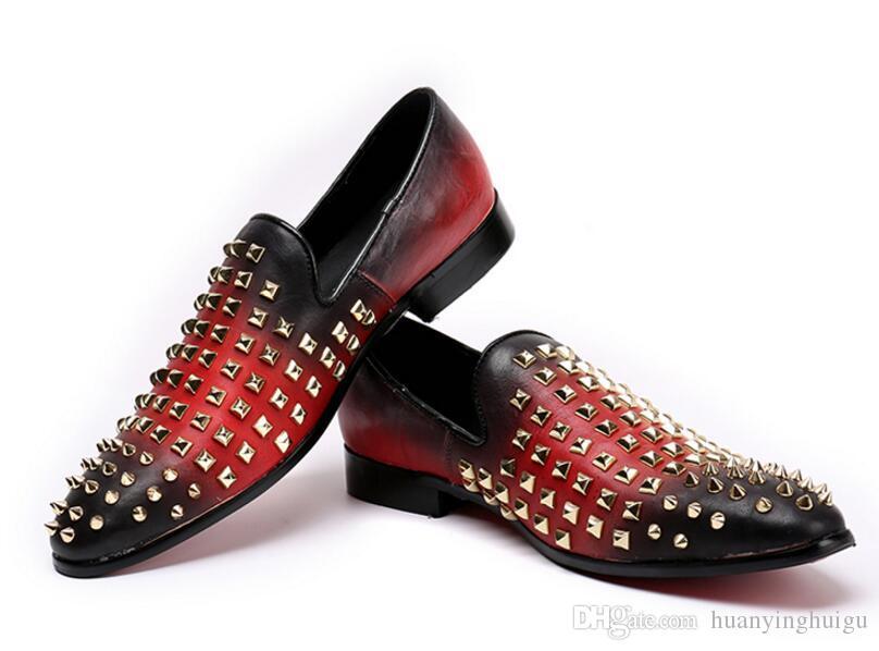 Neue Luxusmode Mode Beiläufige Schuhe Gold Blau Rot Glitter Freizeit Slip auf Nieten Müßiggänger Schuhe Mann Party Jäten Kleid Schuh Axx506