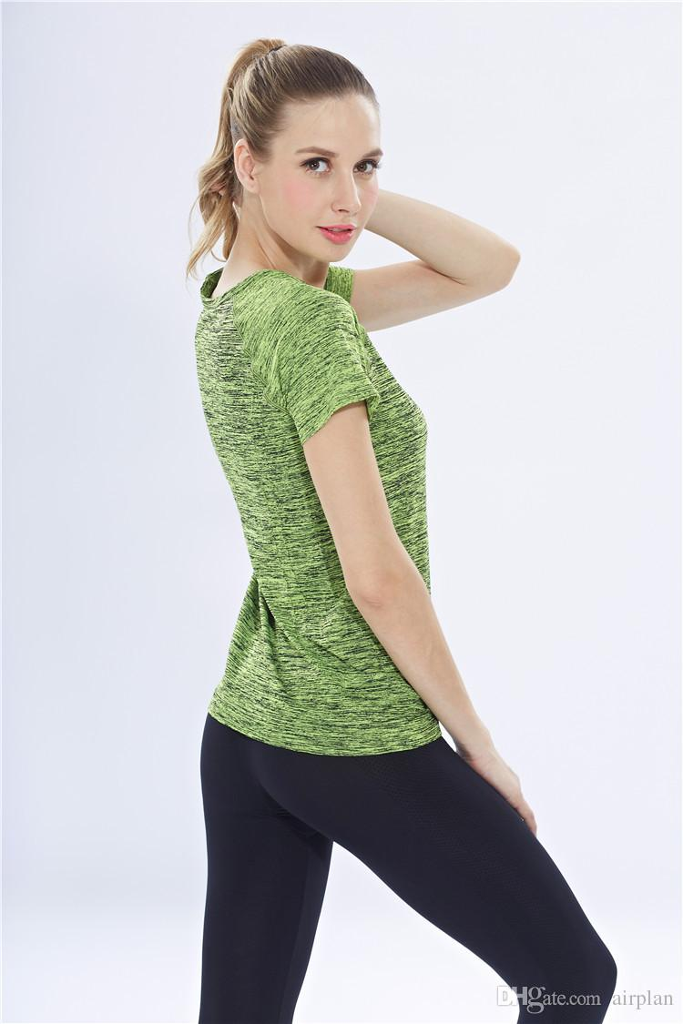 Оптовые летние тонкие красочные женские спорты с коротким рукавом умываясь футболкой-хеун цветной сегмент окрашенного окрашенного беглого беговых костюмов Йога одежда дышащая