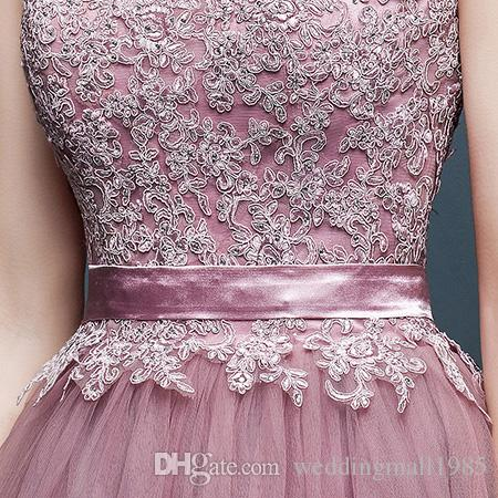 2016 new V-neck formal Quinceanera Dresses beaded applique lace tutu robe beautiful decoration Quinceanera banquet Evening Gown plus size
