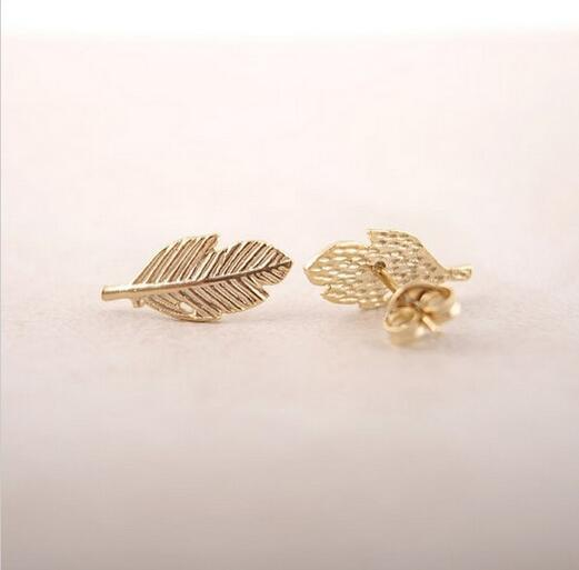 10 unids / moda A pendientes de hojas 18 K chapado en oro / plateado / rosa bañado en oro pendientes al por mayor envío gratuito