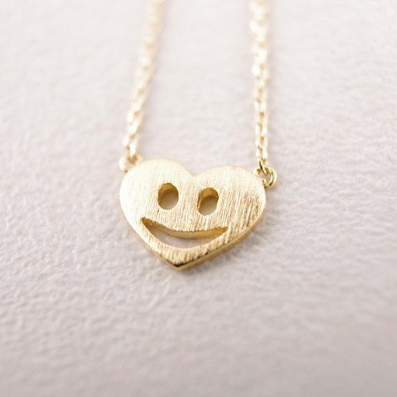 Vente chaude hippie chic sourire pendentif collier Bohème mode femmes Neclaces 2016 ms mince collier festival meilleur cadeau