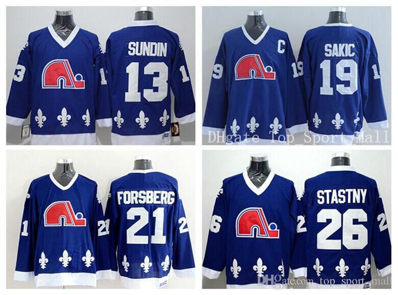 كيبيك Nordiques البلوزات Ice Hockey 13 ماتس Sundin 21 Peter Forsberg 26 Peter Stastny 19 جو Sakic Team Color كحلي أزرق أبيض