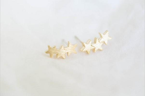 2016 nouvelle mode bijoux en gros trois étoiles mâle à femelle adolescentes boucles d'oreilles boucles d'oreilles les plus mignonnes célébrité femmes vacances meilleur cadeau