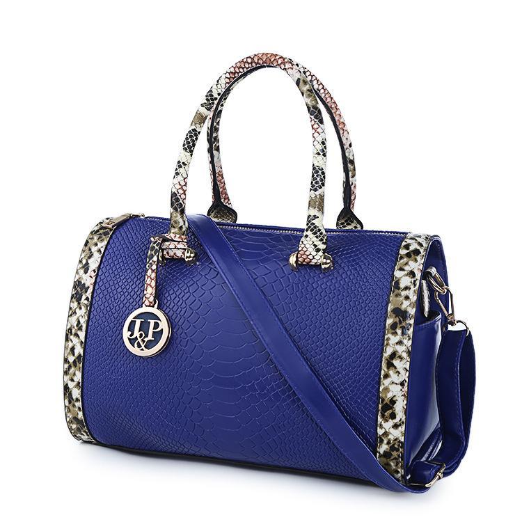 899ef22781 2017 New Korean Women Fashion Bags Handbag Shoulder Diagonal Crocodile  Boston Bags Wholesale Online with  43.43 Piece on Iamnalirya s Store