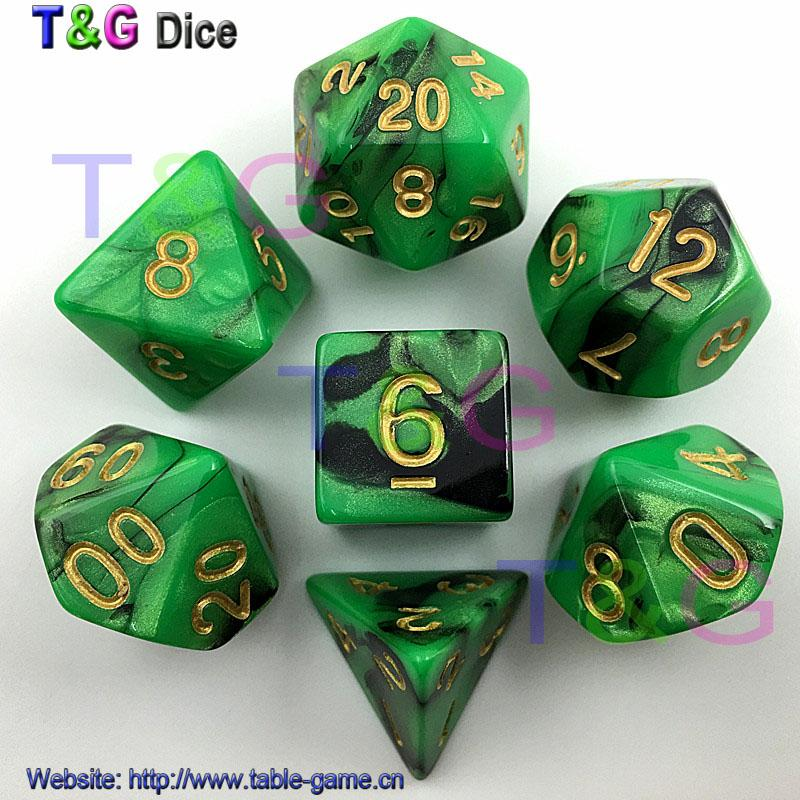 2018 Top Quality Hot Mix Color Dice Set With Nebula Effect Juegos De