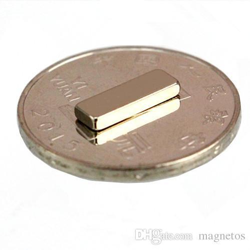 Vente chaude 12x4x2 12 * 4 * 2 12 * 4 * 2mm 12x4x2mm forte terre rare aimant au néodyme NdFeB petit cube aimant permanent livraison gratuite