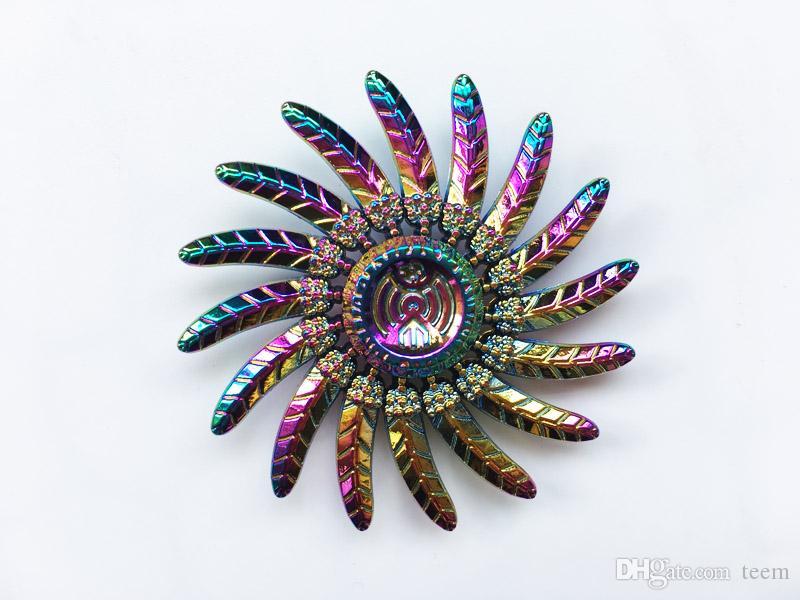 Rainbow Fidget Spinner Mão Spinners águia pena Beyblade Metal Tri-Spinner Giroscópio EDC Autism Stress Relief Descompressão Brinquedo 100