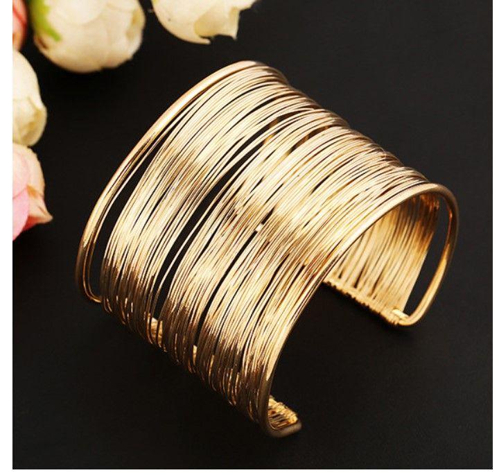 Mode 18k Plaqué Or Bracelets Bracelets Bracelet Argent Conception élégante Ouverture Charmes Fil Large Ouvert Manchette Bracelet En Gros Bijoux pour Femmes
