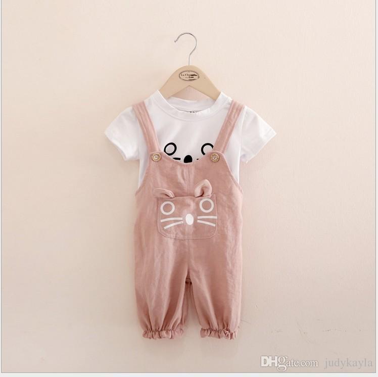 2016 여름 사랑스러운 여자 만화 의류 세트 어린이 짧은 소매 티셔츠 + 서스펜더 바지 어린이 복장 아기 소녀 만화 고양이 양복