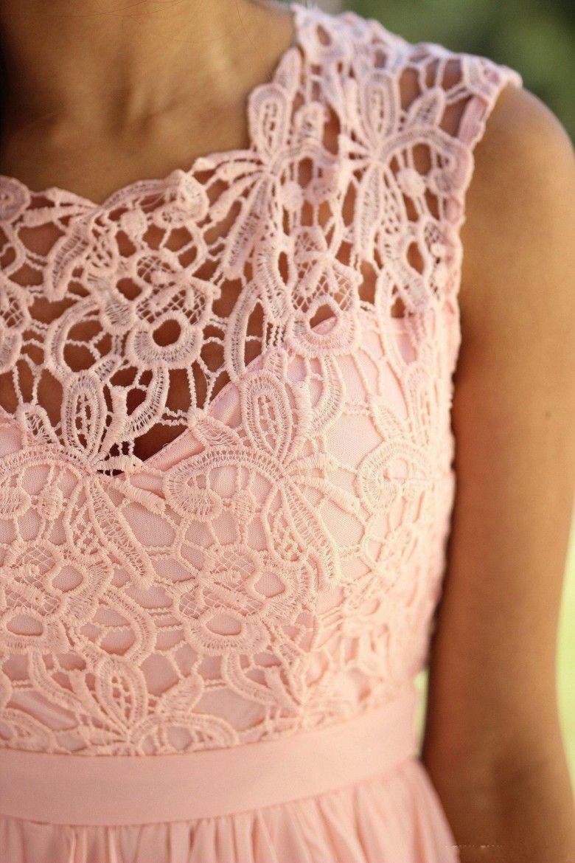 Elegant Coral Mint Bridesmaid Dresses Lace Appliqued Wedding Guest Dress Sheer Back Zipper Sweep Train Bridesmaids Gowns Chiffon Cheap