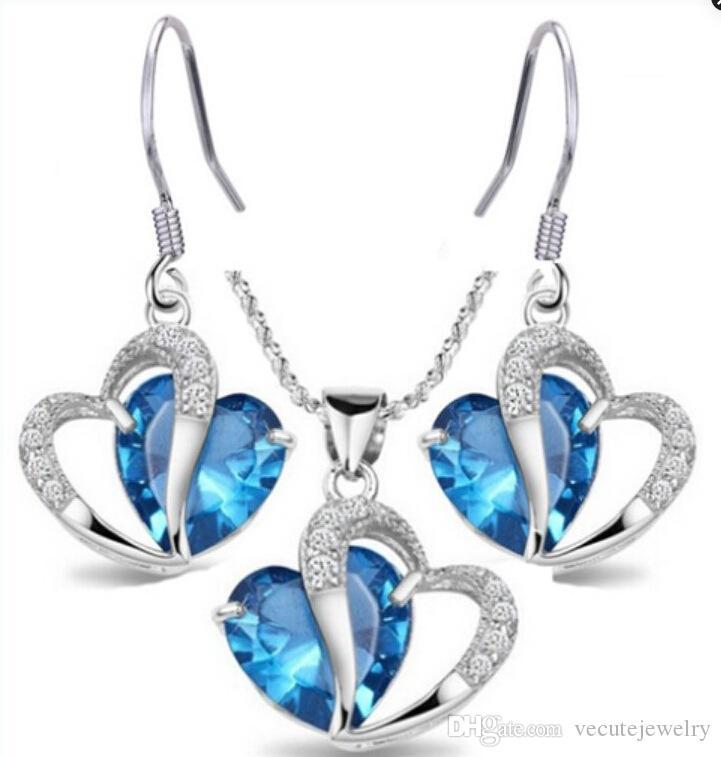 الأزياء 18 كيلو الذهب الأبيض مطلي البحر الأزرق كريستال القلب قلادة أقراط مجوهرات مجموعات للنساء مجوهرات الزفاف مجموعة بالجملة