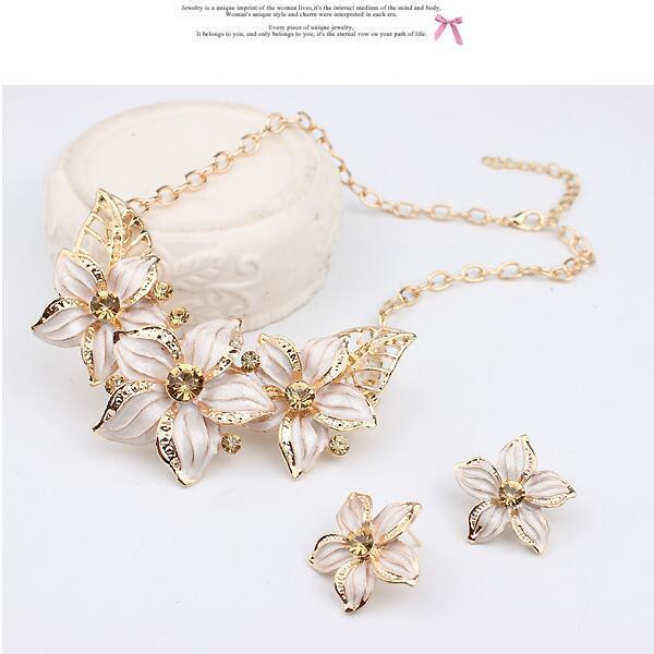 2018 New Gardenia Short Diamond Necklace Earrings Suit Jewelry Alloy Oil  Drip Necklace Two Pcs In One Suit From Amber916, $4.03 | Dhgate.Com