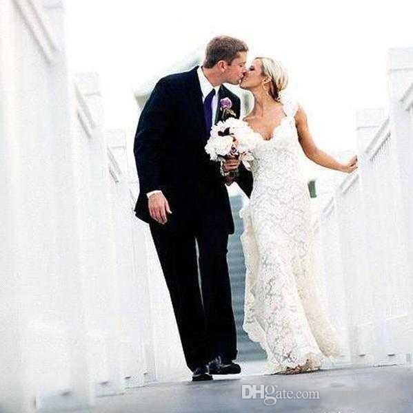 2019 Abiti da sposa in pizzo pieno Country Style Pluging V-collo Cap maniche Keyhole Back A Line Vintage Custom Made abiti da sposa Vestios