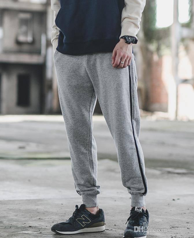2018 New Hot Sales Autumn Outfit New Men\u0027s Casual Pants Tide Male Fashion  Knitting Haroun Pants Teenagers Hip,hop Movement Beam Foot Trouser 2018 Hot  Sales