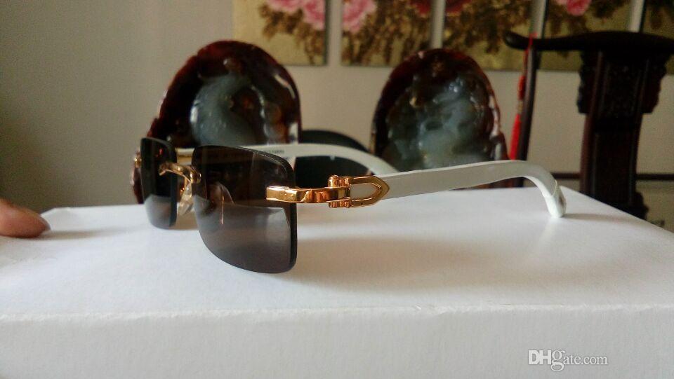 8d29663f4116b Compre Designer Barato Óculos De Sol Homem Marca Espelho Óculos De Sol De Alta  Qualidade Sem Aro Marca De Luxo Óculos De Sol De Madeira Uv400 Condução ...