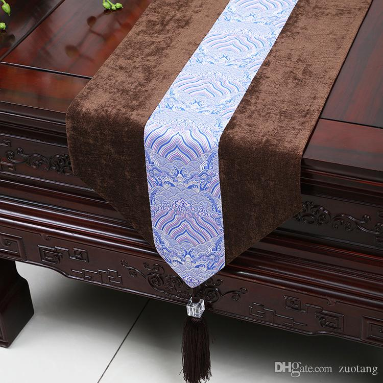 High End European style Patchwork Lace Table Runner Fashion Simple Velvet Fabric Dining Table Pads Placemat Luxury Tea Table Cloth 200x33 cm