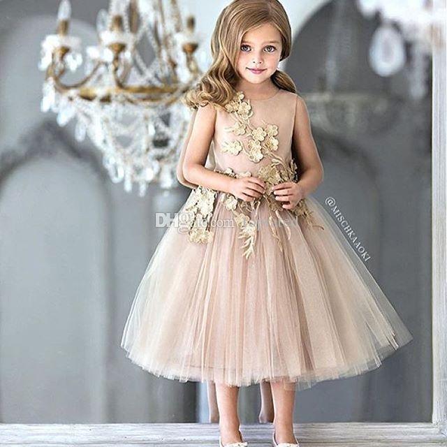Tea economico Lunghezza fiore ragazze Vestiti da matrimonio pizzo applique principessa Dress la bambina bambini senza maniche Champagne Pageant Abiti 2020