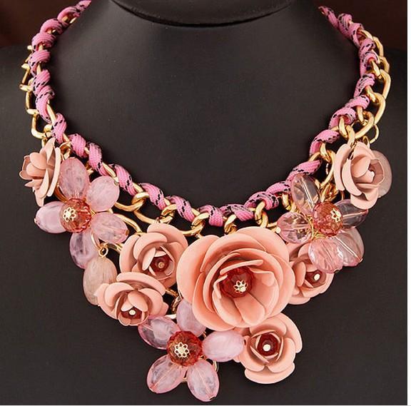 Femmes Choker Déclaration Collier Big Gemstone Choker Weave Fleur Collier Court Clavicule Collier Bijoux Exagérées Femelle 8 couleurs