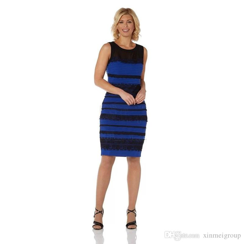 Vestido negro con rayas azules
