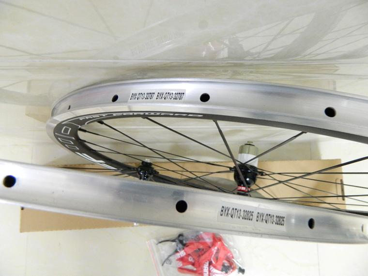 Carbon wheelset! FFWD F4R 38mm carbon clincher 3k glossy wheelset with powerway R13 or R36 hubs G3 hubs