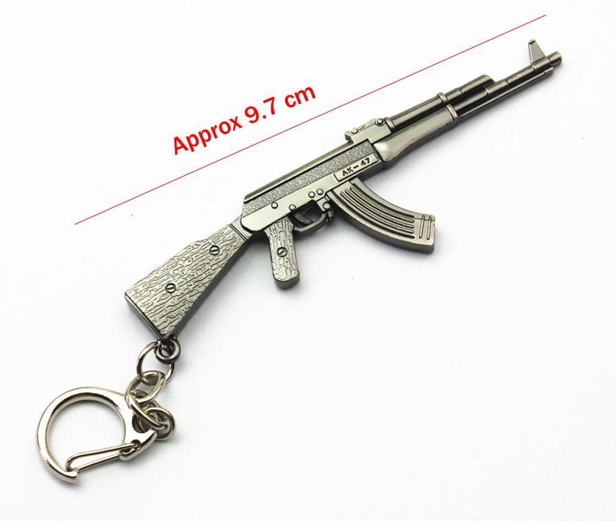 Gun Colgante Llaveros Pop Game CF Cross Fire AK47 Pistola Llaveros Metal colgante Metal Llavero Llavero