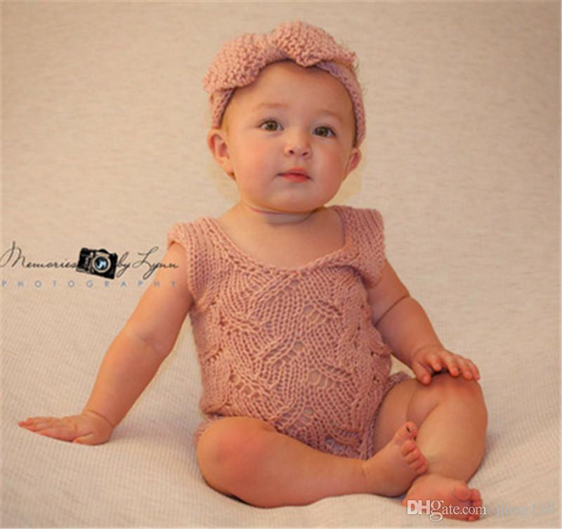 INS New Baby Girls Fashion Wool Crochet Headband Knit Hairband With Button Decor Winter Newborn Infant Ear Warmer Bow Head Headwrap