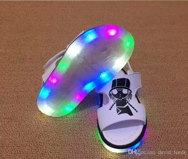 2016 New Fashion Children Summer Sandals Led Shoes Light Shoes Korean Style Baby Boys Girls Cartoon Letters Beach Shoes Size 21-25