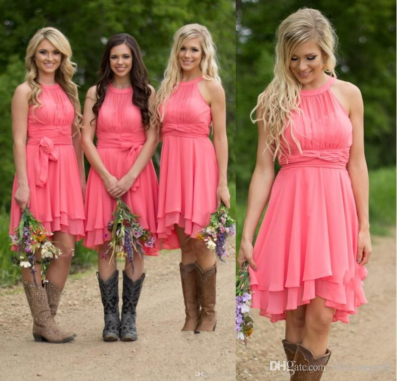 6187b7ee86b 2018 Short Coral Mint Blue Bridesmaid Dresses Knee Length Halter Chiffon  Beach Cheap Wedding Party Gowns Maid Of Honor Dress Aqua Blue Bridesmaid  Dresses ...