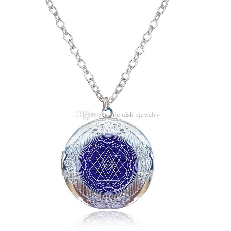 Sri Yantra Locket Necklace Sacred Geometry Pendant Chakra Jewelry Buddhist Reiki Necklace Meditation Choker Yoga Gift Indian Dome Jewellery