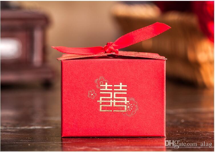 Chinês caixa de Doces Da Caixa Do Casamento vermelho fita Hot stamping Cortar A Laser de Doces Caixas de Presente de Casamento Caixas de Favor de Partido TH208