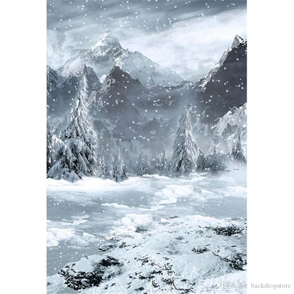 2019 Falling Snowflakes Mountain Photographic Background