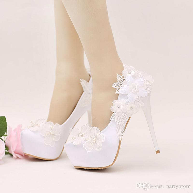 Elegant Simple Flower Bridal Shoes Lace Flower Bridesmaid Shoes White Color  Women Dress Shoes Prom Pumps Pointed Toe White Lace Wedding Shoes Stiletto  Heels ... 89b1b1f67fc6