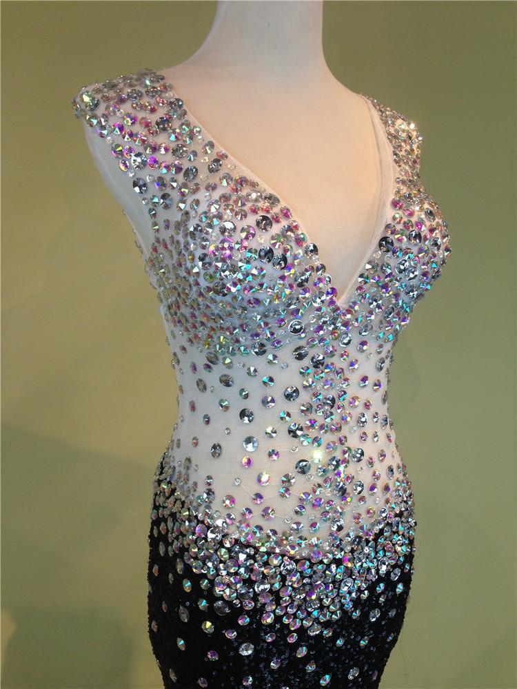 Vestito da Prom Paillettes con scollo a V ricoperto con Perline di cristallo 2016 Abiti da ballo lunghi senza schienale Real Photo