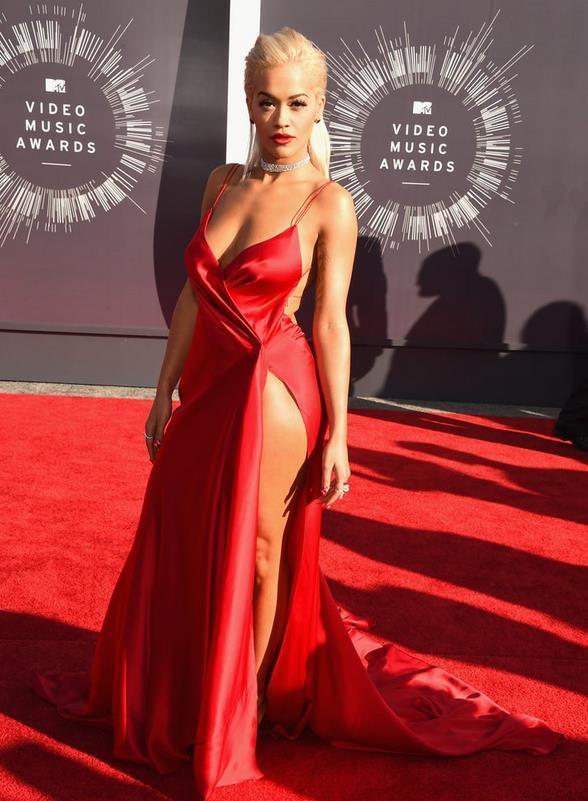 2016 Oscar Celebrity Red Carpet Runway Vestidos Desgaste da Noite Com Cintas de Espaguete Alta Perna Dividir Longo Mulheres Sexy Vestidos de Noite Formal