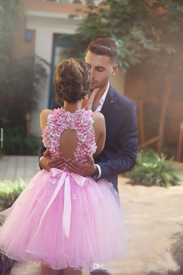 2019 Beauty Pink Handmade Flowers Colored Homecoming Gowns Pageant Dress Cocktail Party For 16 Sweet Girls Short Prom Gowns