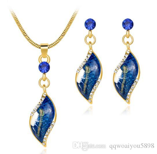 Lady Girl Choker and Earrings set Leaves Pendant Necklace Snake Chain Ear Studs Jewelry Gift