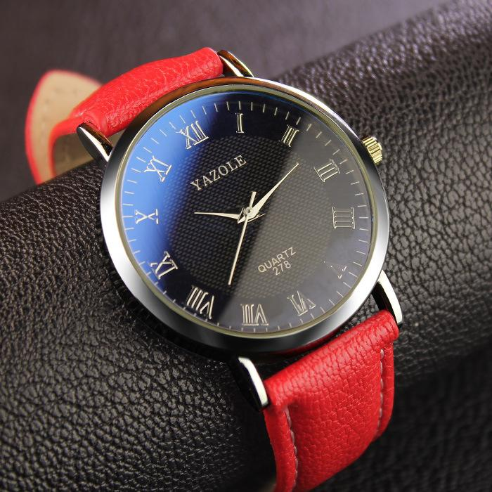 Fashion Mens Watches Water Resistance Quartz Luxury Man Buisiness Dress Watch Roman Scale Leather Strap Sport Watch