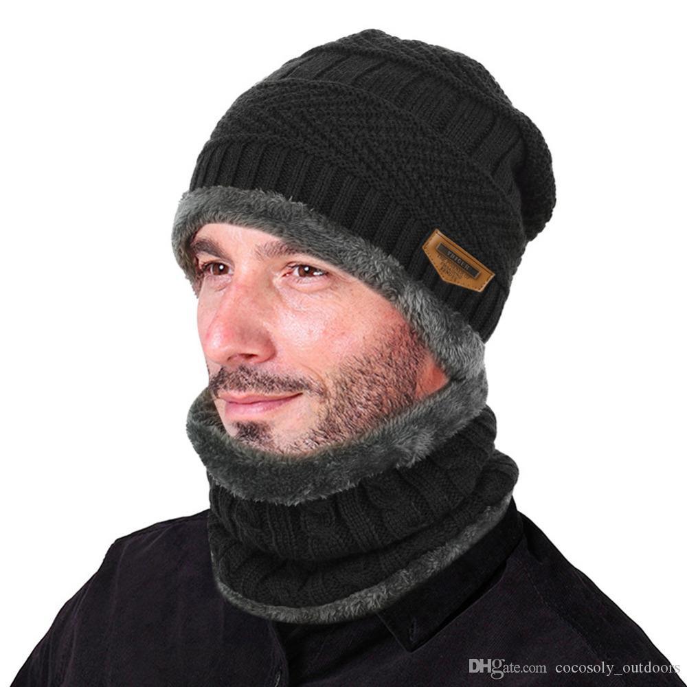 Compre 2 Unids Hombres Mujeres Invierno Cálido Sombrero De Punto Beanie Set  Espesar Solf Fleece Forro Sombrero Cap Con Círculo Bufanda Sombrero Al Aire  ... 9a98a1f164d