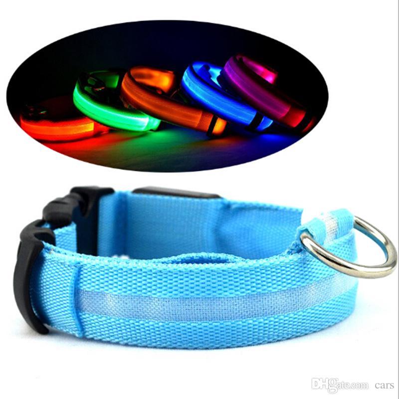 Luz LED Intermitente Collar de mascota para perro Exterior Luminoso Noche Seguridad Nylon Collar colorido Correa Resplandor en la versión oscura de la batería