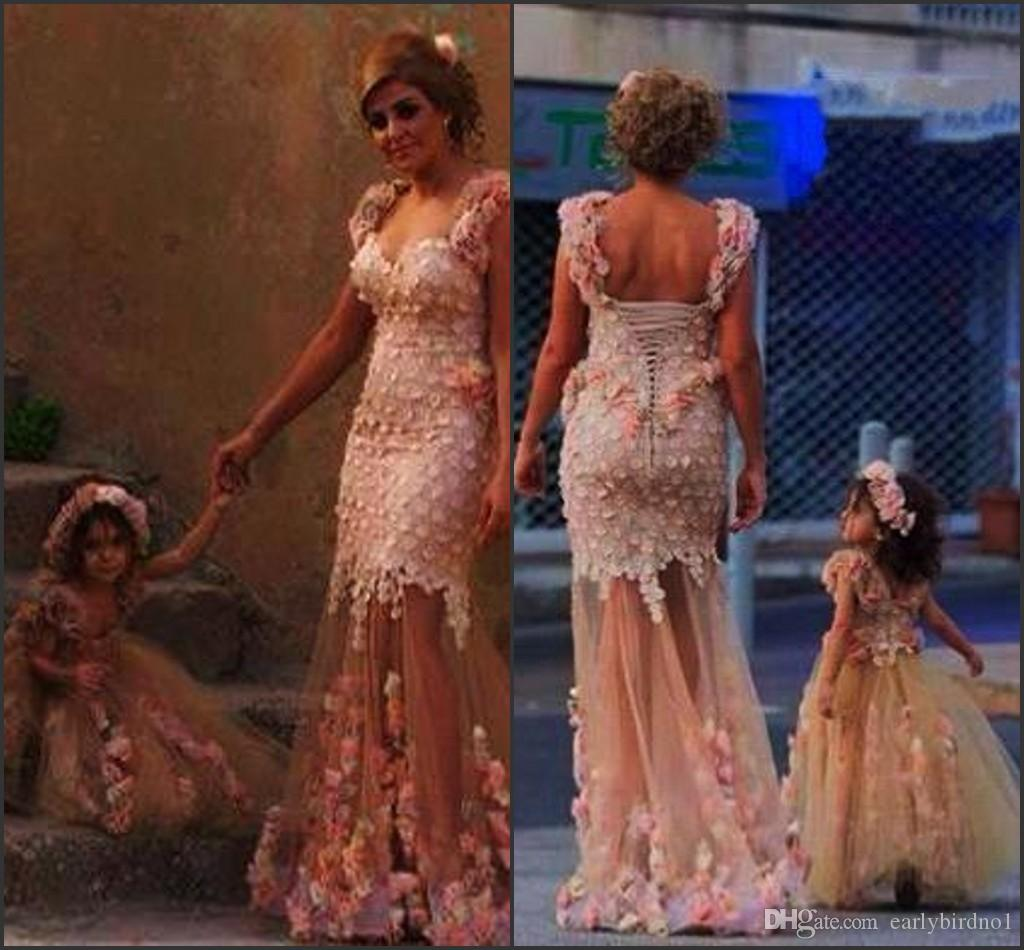 Blush Lovely Flower Girl Dresses Mother and Daughter Sweetheart with Straps 3D Floral Flowers See Through Skirt Party Gowns BO7209