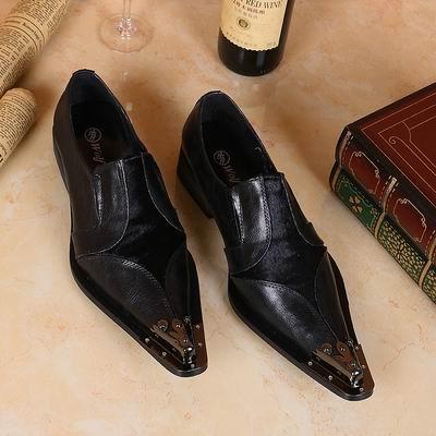 Venda quente de Luxo Dos Homens de Negócios de Lazer Sapatos De Couro de Moda Designer De Metal Toe Charme Preto Deslizamento Em Sapatas Lisas Dos Homens Do Partido 38-46