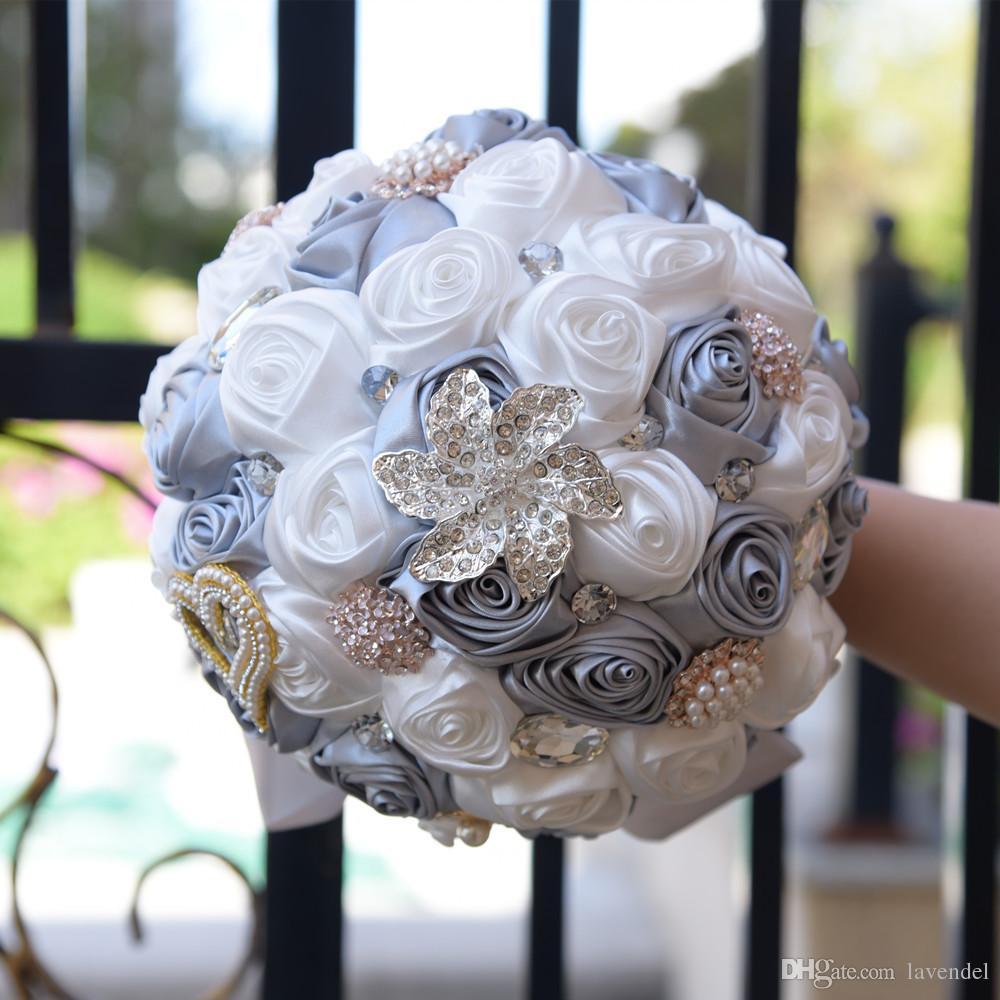 2018 Neue Stil Elegante Atemberaubende Hochzeit Blumen Perlen Brosche Brautjungfer Brautsträuße Künstliche Rose Hochzeit Bouquet