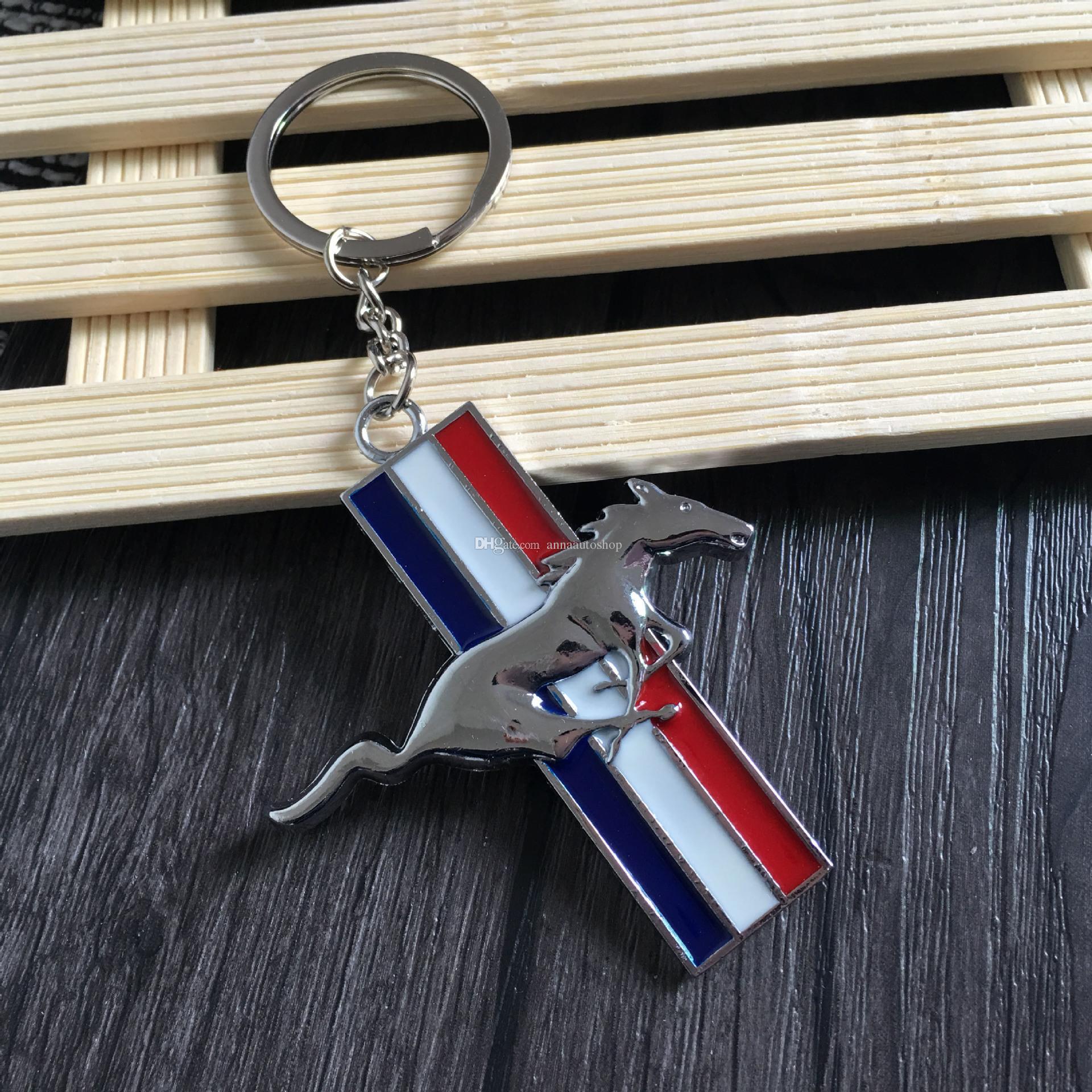 Ford Mustang için 2017 yeni Araba Styling 3D Logosu Metal Anahtarlık kişilik Logosu Kolye Hediye araba Mustang logosu amblem anahtarlık ...