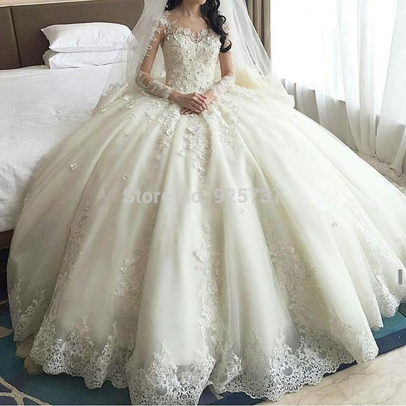 Dubai Luxury Crystal Flowers Ball Gown Modest Wedding Dresses 2016 Long Sleeve muslim Lace wedding dress arab Bridal Gowns See Through Back
