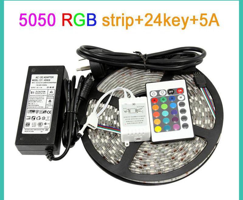 IP65 Impermeabile 5M 300Led SMD 3528/5050 Luci di striscia a Led RGB flessibili 120 gradi + 24key / 44key IR Remote + 12V 2A / 5A adattatore.