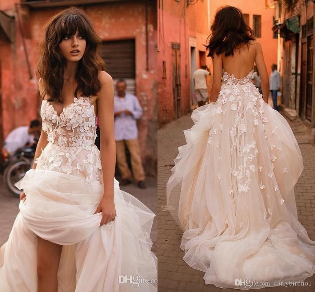 2018 Liz Martinez Beach 웨딩 드레스 3D 플로랄 V 넥 계층 스커트 백리스 플러스 크기 우아한 가든 국가 유아 웨딩 드레스
