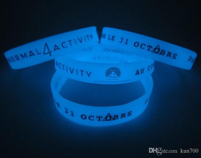 Nowy 2018 Glow In The Dark Screen Printing Silikonowe Bransoletki Niestandardowe Pasmy Produkty promocyjne Bransoletka Sportowa Hurtownie