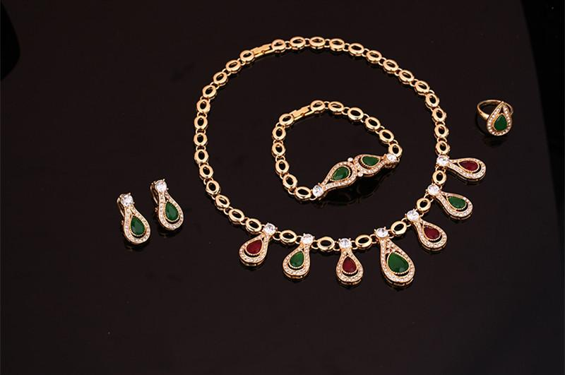 Necklaces Earrings Bracelets Rings Jewelry Sets Fashion Luxury Zircon 18K Gold Plated Water Drop Style Wedding 4-Piece Set Jewelry JS126
