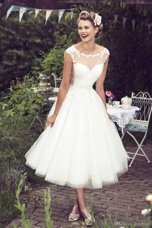 Neue kurze Brautkleider 2020 Sheer Ausschnitt Appliques Lace A-Linie Tee Länge Modest Bohemian Brautkleider Vestidos De Noiva Cheap Custom