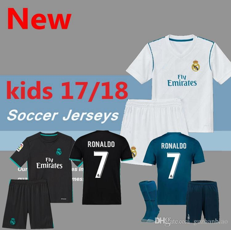 2017 Real Madrid RONALDO Kids Soccer Jerseys Full Sets With Socks Boys  Child Kits 16 17 18 Home White Third JAMES BALE Football Shirts UK 2019  From ... 95f582df8